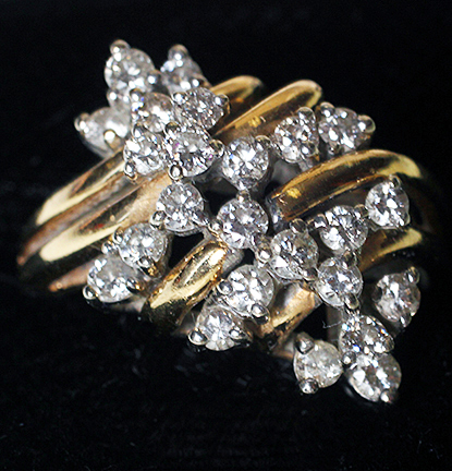 Important Jewelry Estate Auction - 10_1.jpg