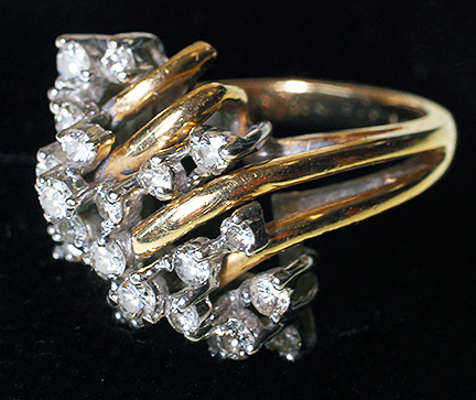 Important Jewelry Estate Auction - 10_2.jpg