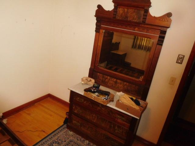 Barbara Frye Estate Auction Blountville Tn - DSCN9962.JPG