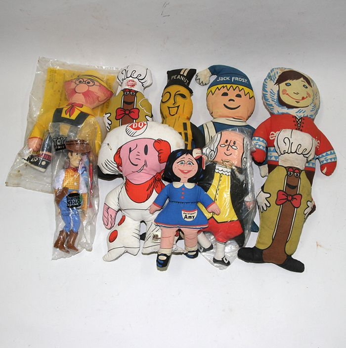 Don Squibb Estate Auction,Toys,Candy Containers, Games. Chocolate  Molds, Advertising Dolls plus much more. - 180_1.jpg
