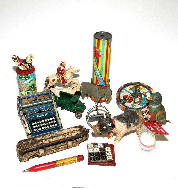 Don Squibb Estate Auction,Toys,Candy Containers, Games. Chocolate  Molds, Advertising Dolls plus much more. - 93_1.jpg