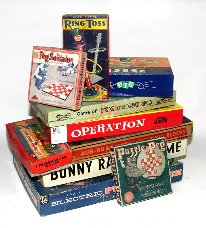 Don Squibb Estate Auction,Toys,Candy Containers, Games. Chocolate  Molds, Advertising Dolls plus much more. - 95_1.jpg