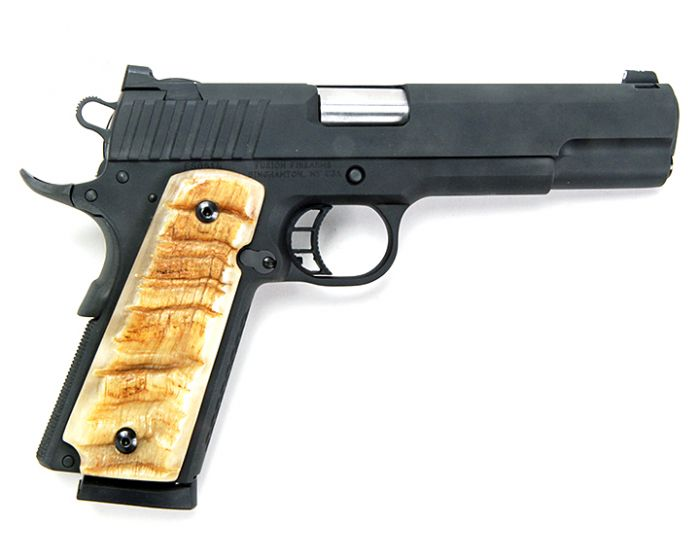 Mr. Terry Payne Custom Pistol,  Collectible Pistols, Long Guns, 50 Year Collection Online Auction  - 6_1.jpg